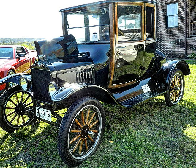 Model T Ford by O'Brien